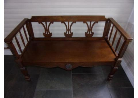 "45"" Deacons Bench Ornate with Beautiful Grain Wood"