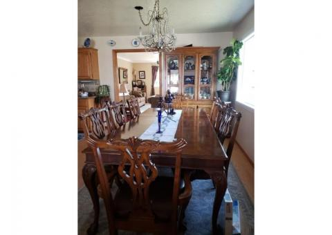 Dining Room Table Set for 8
